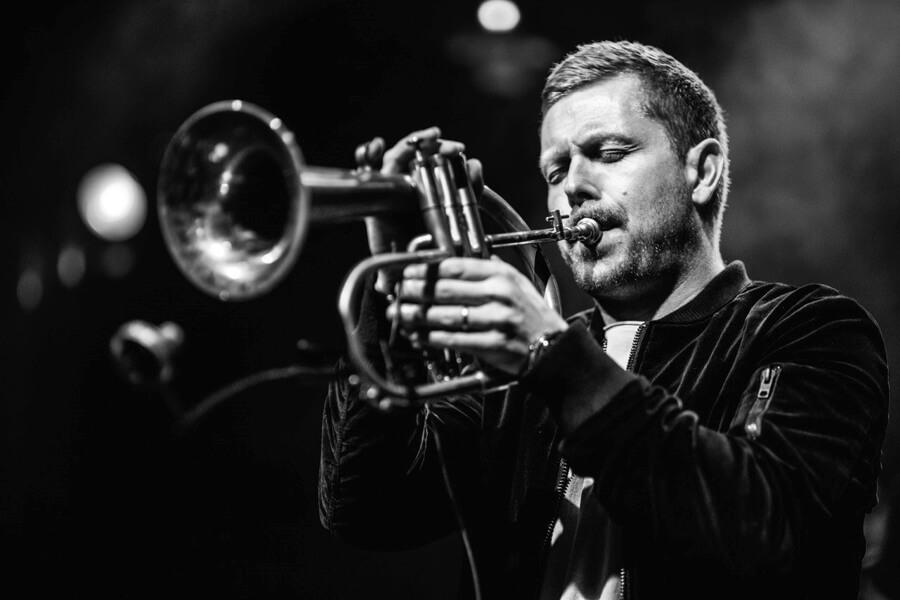 """10 Jahre Nils Wülker – Das neue Album """"Decade – Live"""""""